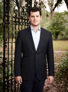 southern charm savannah louis suit promo